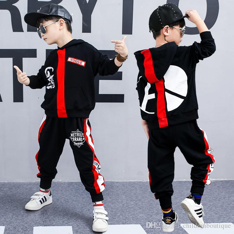 Compre Ropa Para Niños Conjuntos Niños Outfits De Ropa Deportiva Otoño Más  Nuevo Para Niños Manga Larga Con Capucha + Pantalones 2 Piezas Conjuntos De  ... df18c48420f22