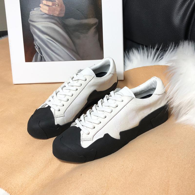 ffdd52cb84dc Großhandel Weibliche Sommer Graffiti Frauen Flache Schuhe Elegante Bequeme  Dame Casual Woman Canvas Schnüren Sich Oben Schuhe Freizeitschuhe Mujer Von  ...