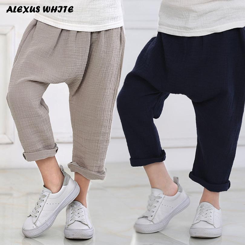 00cc6370b Nuevo 2-7y 2018 color sólido de verano lino plisado niños hasta la rodilla  pantalones para bebés niños niñas pantalones harem para niños niño