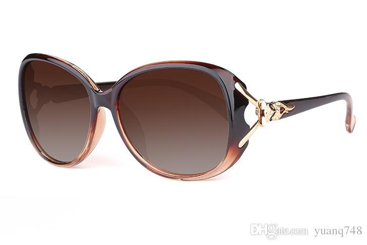 Compre Nueva Venta Caliente Gafas De Sol Polarizadas Cara Redonda Señoras  Gafas De Sol Marea Estrella Modelos Uv Gafas De Gran Cara Elegante Moda  P8813 A ... a6b93cbfbeb0