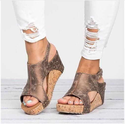 5e7193e792f Compre Sandalias De Mujer 2018 Sandalias De Plataforma Cuñas Zapatos Para  Mujer Tacones Sandalias Mujer Zapatos De Verano Sandalias De Cuña De Cuero  ...