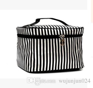 2018 cute design cosmetic bag women travel necessaries high-capacity storage makeup bag Fashion Toiletry Bag Organizer