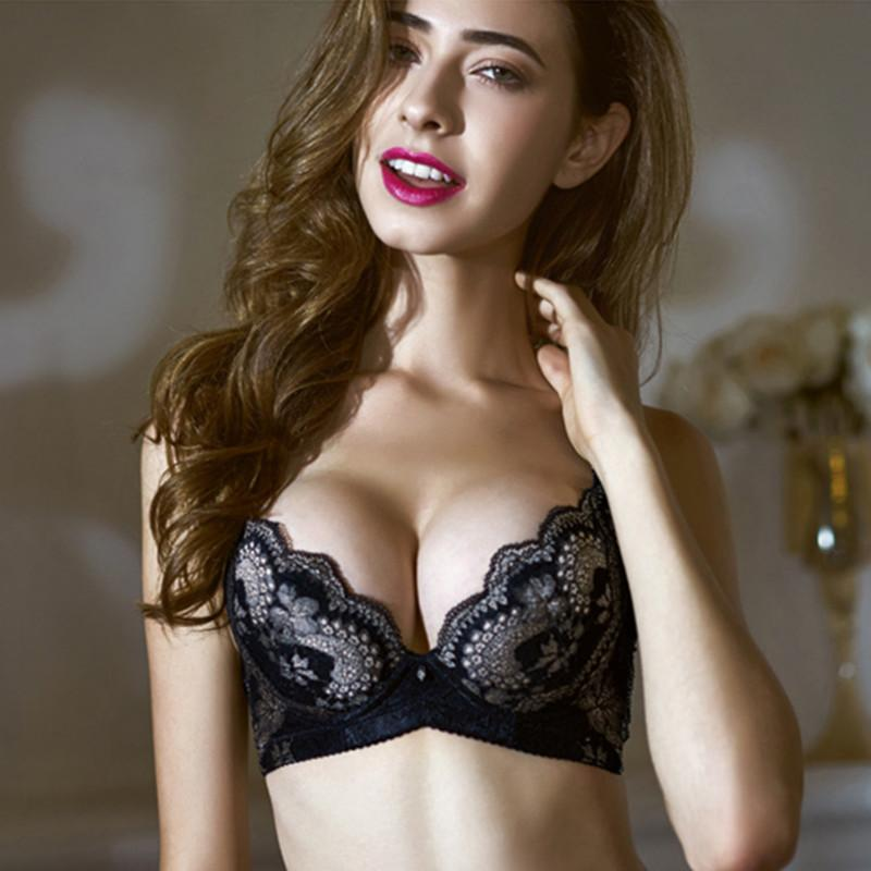 2ed3f4fb78 2019 New Fashion Sexy Lacy Luxury Bras 3 4 B Cup Big Size Push Up Underwire  Adjust Straps Deep V Cotton Polyester Women Bras B1009 From Wangzi001