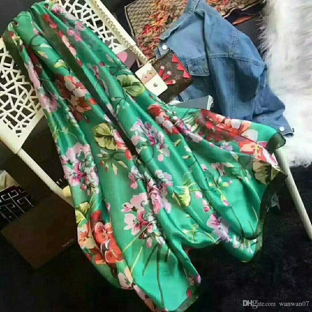 ef8e060a6e7a Acheter Top Quality Classic European Designer Femmes Luxe Marques Floral  Foulard En Soie Imprimé Femmes Élégantes Wrap Foulards Taille 180x90cm 4  Couleurs ...