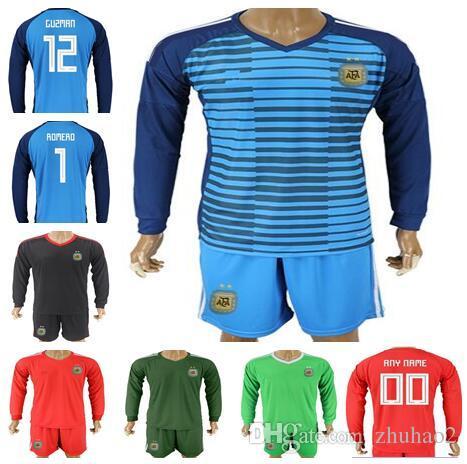Compre 2018 Copa Do Mundo Argentina Goleiro De Futebol Jersey Camisa De Futebol  Uniformes De Futebol   22 GUZMAN   1 ROMERO Manga Longa Camisa De Goalie ... cb07508871d7d