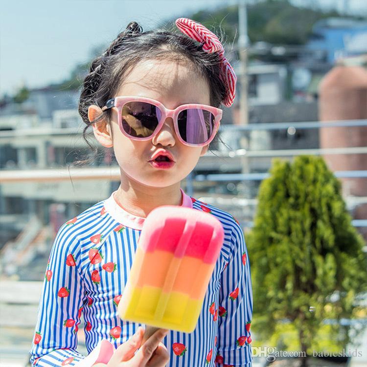 2018 Fashion Two Pieces Swimsuit Kids Clothing Infant Baby Girls Swimsuits Fashion Child Bathing Set Girls Swimwear Printing Beachwear