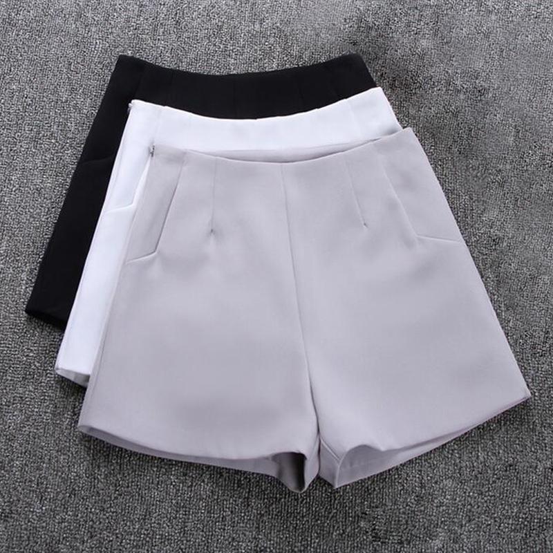 Compre Softu Novo Verão Quente Moda Feminina Shorts Saias De Cintura Alta  Calções Casuais Terno Preto Branco Mulheres Calças Curtas Senhoras De  Bearlittle bf24f79a80df4