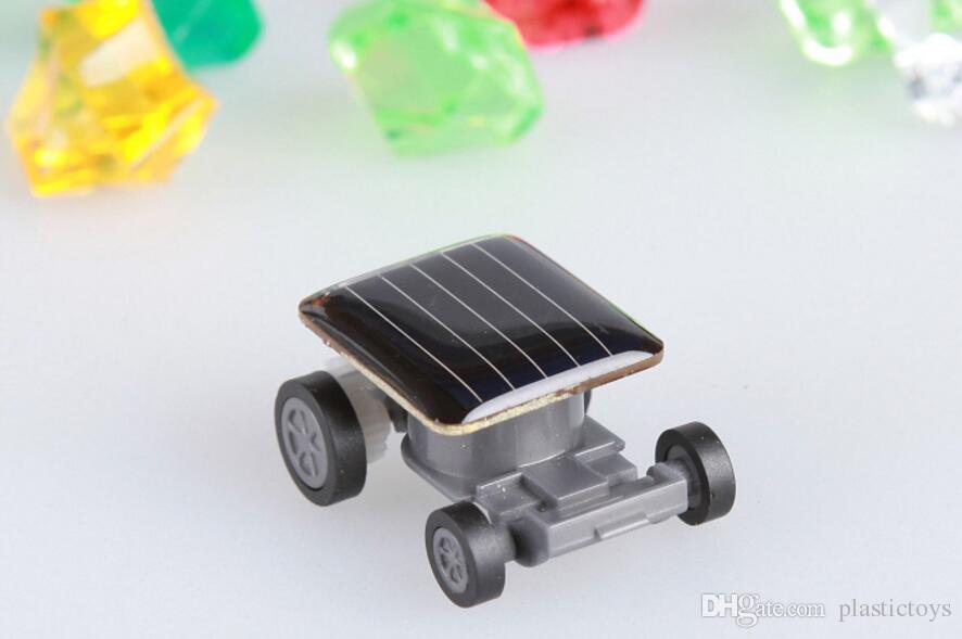 New Cute Solar Power Robot Insect Bug Locust Grasshopper Toy Solar Power Mini Toy Car Moving Racer Teaching Gadget