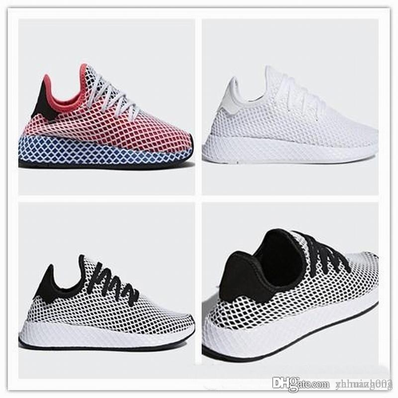 36 Adidas Hommes Deerupt Chaussure De Basket In White Taille