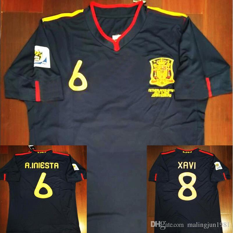Compre 2010 Espanha Fernando Torres Alonso Sergio Ramos Iniesta Retro  Camisas De Futebol 10 Camisas Clássicas Do Vintage Kits Camisa De Futebol  Camiseta ... 50cbac8c61690