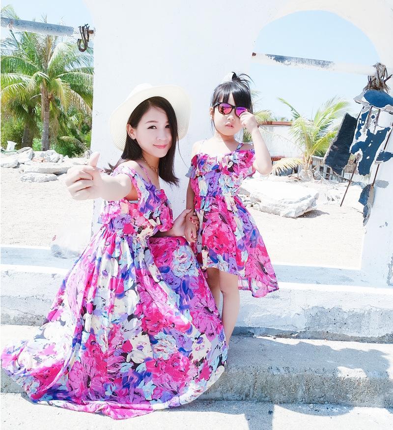 34faeafbdddf24 Großhandel Mutter Tochter Kleider Passenden Sommerkleidung 2018 Familie  Aussehen Mädchen Und Mutter Kleid Chiffon Strand Kleider Outfits Von  Roohua, ...