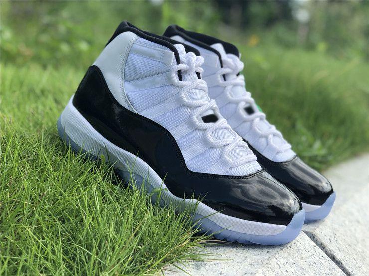 2018 Auténtico 11 Concord 45 Alto 11S Blanco Negro Para Hombres Zapatillas de baloncesto Zapatillas de fibra de carbono reales OG La mejor calidad con