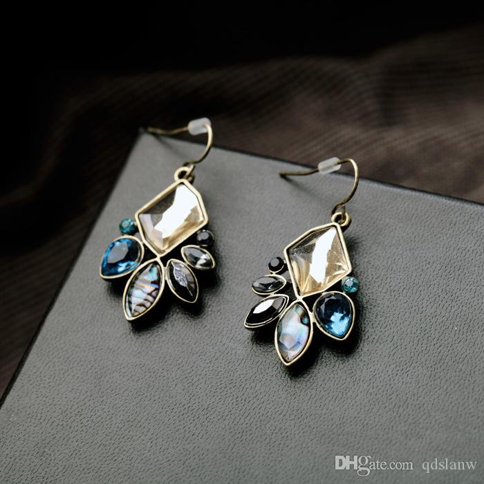 2018 New design factory supply directly acrylic crystal stones flower cc drop earrings for women fashion jewelry dangle cute pendant earring