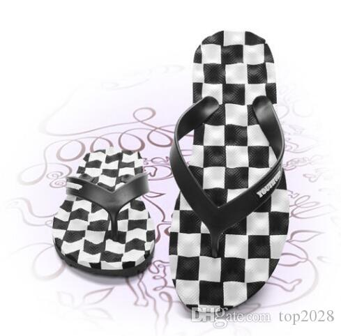 men slippers Luxury Boutique Fashion Brand FLat Summer Rubber non-slip beach Multicolor square lattice bathroom flat flip wholesale