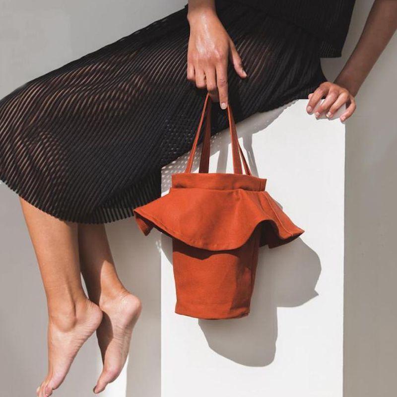 XCZJ Summer Ruffles Open Beach Bucket Bags Casual Women Durable ... f67113af072e9