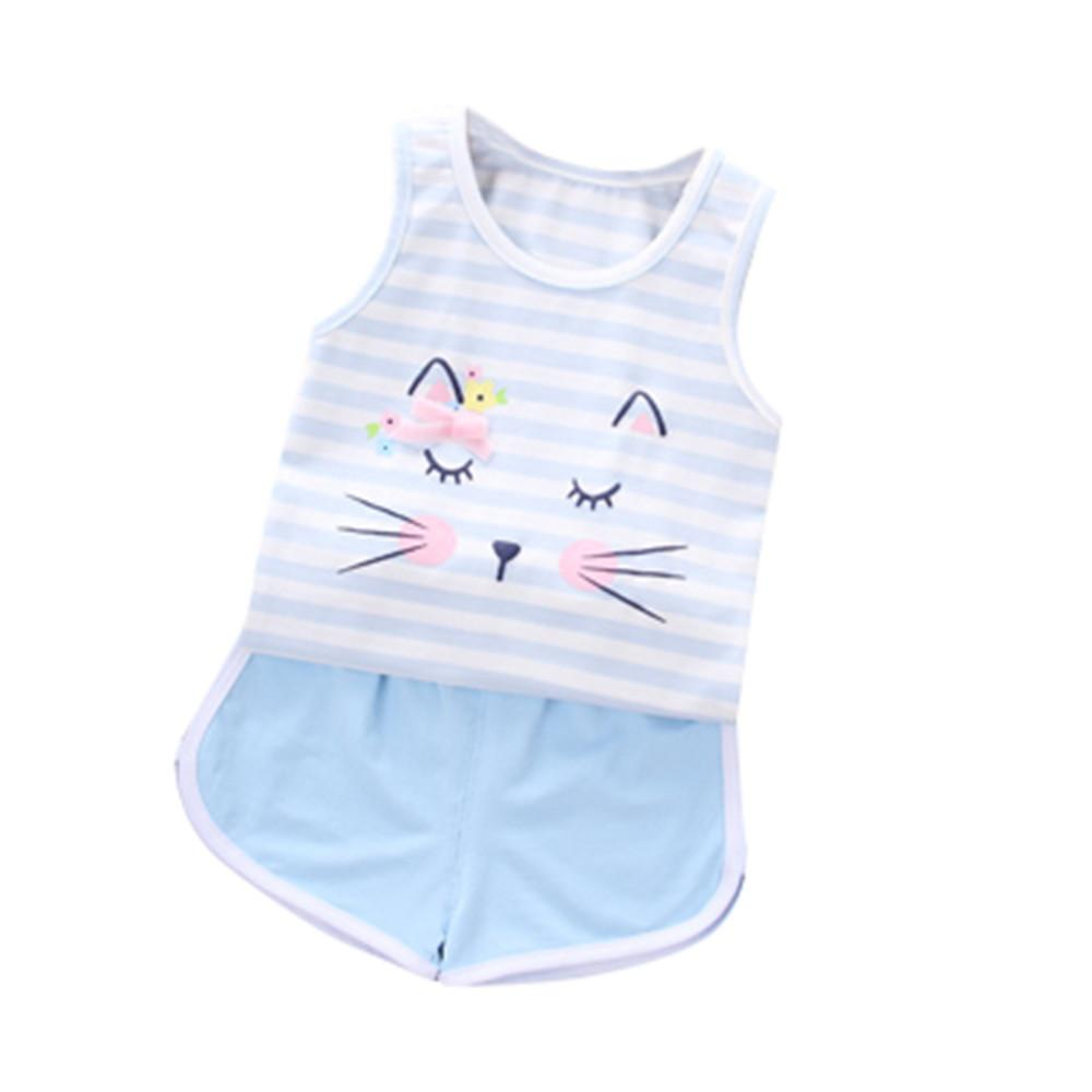f03972c0aa41a Acheter Vente Chaude Vêtements Enfants D été Nouveau Né Bébé Filles  Vêtements Ensemble Rayé Dessin Animé Chat Gilet Tops Shorts Outfit  Dropshipping De ...