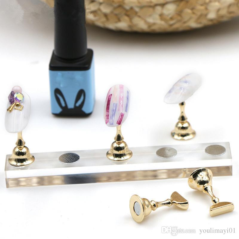Magnetic Nail Art Practice Training Display Stand Acrylic Crystal