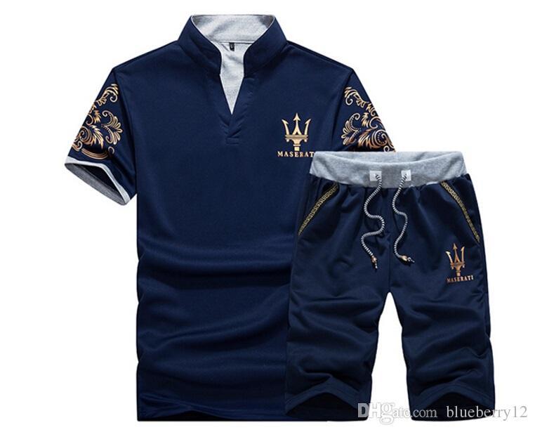 여름 Mens Tracksuit Maserati Printed Men Stall Collar 캐주얼 조깅을하는 V 넥 슬리브 풀오버 Homme Sportsuit