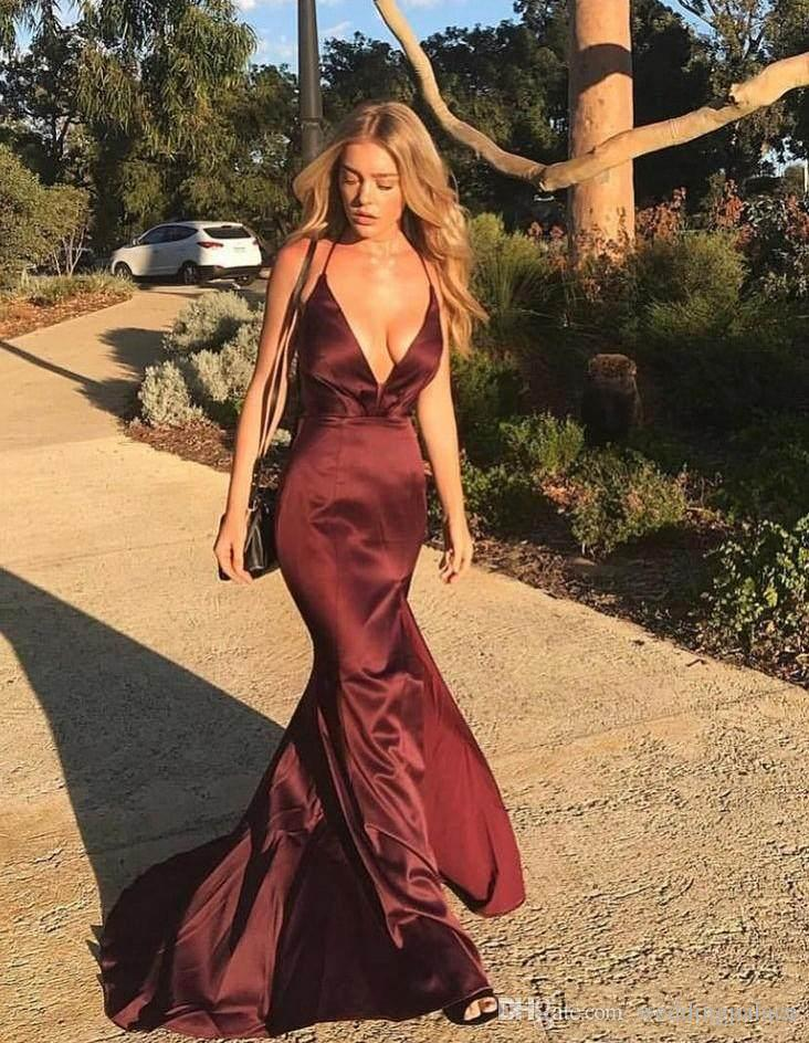 2018 Sexy Deep V-Neck Prom Dresses Sleeveless Satin Sweep Train Mermaid Formal Evening Dresses Prom Gowns