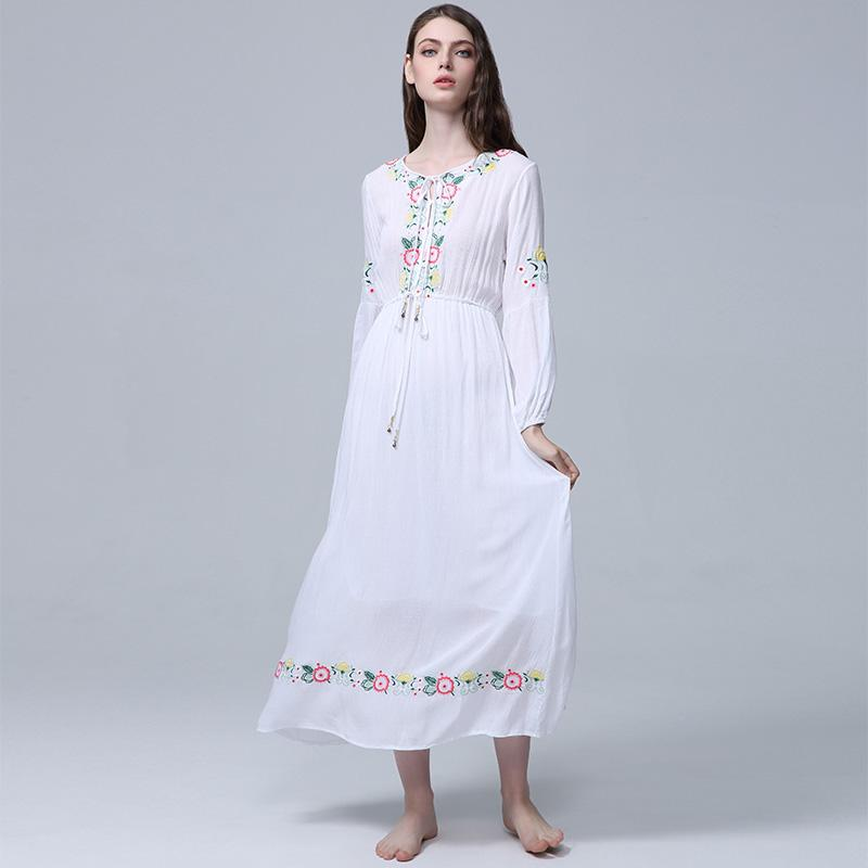 4d4f1e3457581 2019 VERHELLEN Maxi Dress Floral Embroidered Long Sleeve White Dress  Vintage Women 2018 Autumn Boho Chic Style Dresses Brand Vestidos From  Yyliang, ...