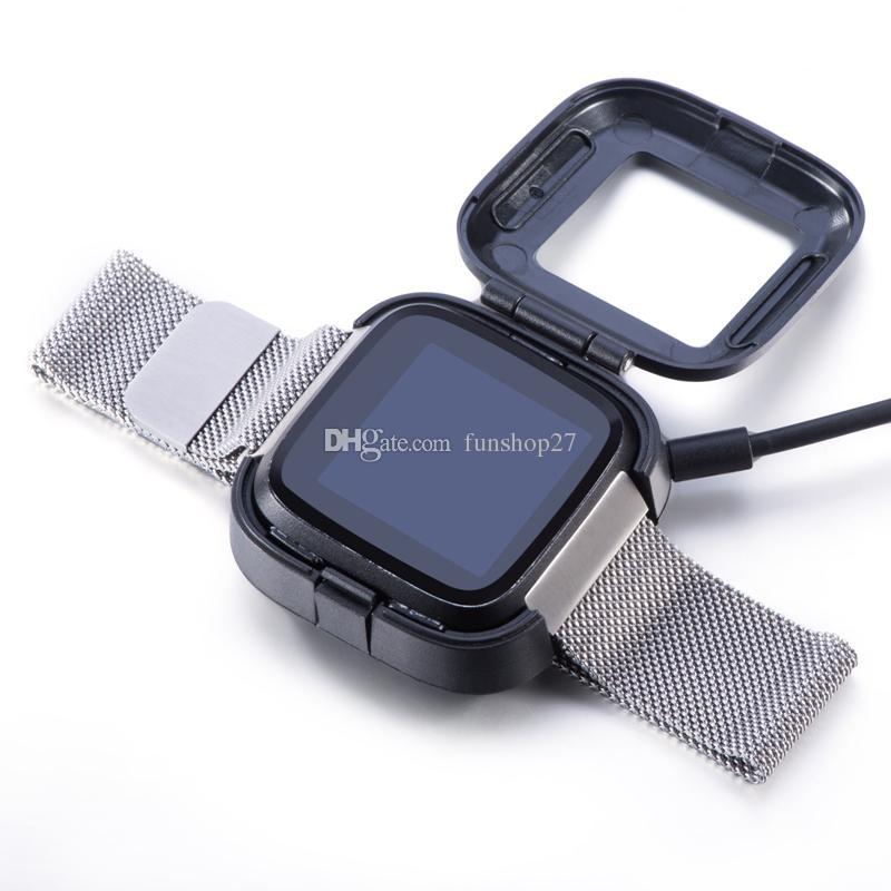 BG0195 Fitbit Versa 똑똑한 시계 팔찌 소맷동 보충 충전기 코드를위한 가장 새로운 까만 1M USB 충전기