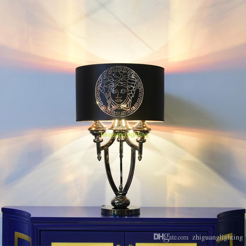Moderne einfache neue klassische kreative Hardware Mode hochwertige Lampe weich installiert Wohnzimmer Villa Nachttisch Schlafzimmer dekorative Schreibtischlampe