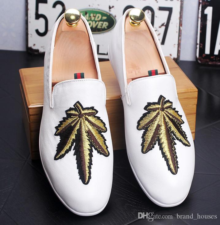 Embroidered Casual Men's Shoes Youth Fashion Lazy Shoe Round Toes Flat Single Shoes Spring Autumn Men Shoes Large Size 38-43