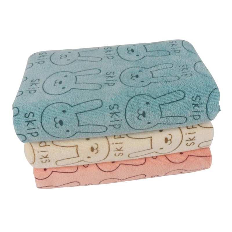 b78d2f38f8 Cute Baby Kids Bathing Beach Newborn Feeding Wipe Cloth Washcloth Bath Towel