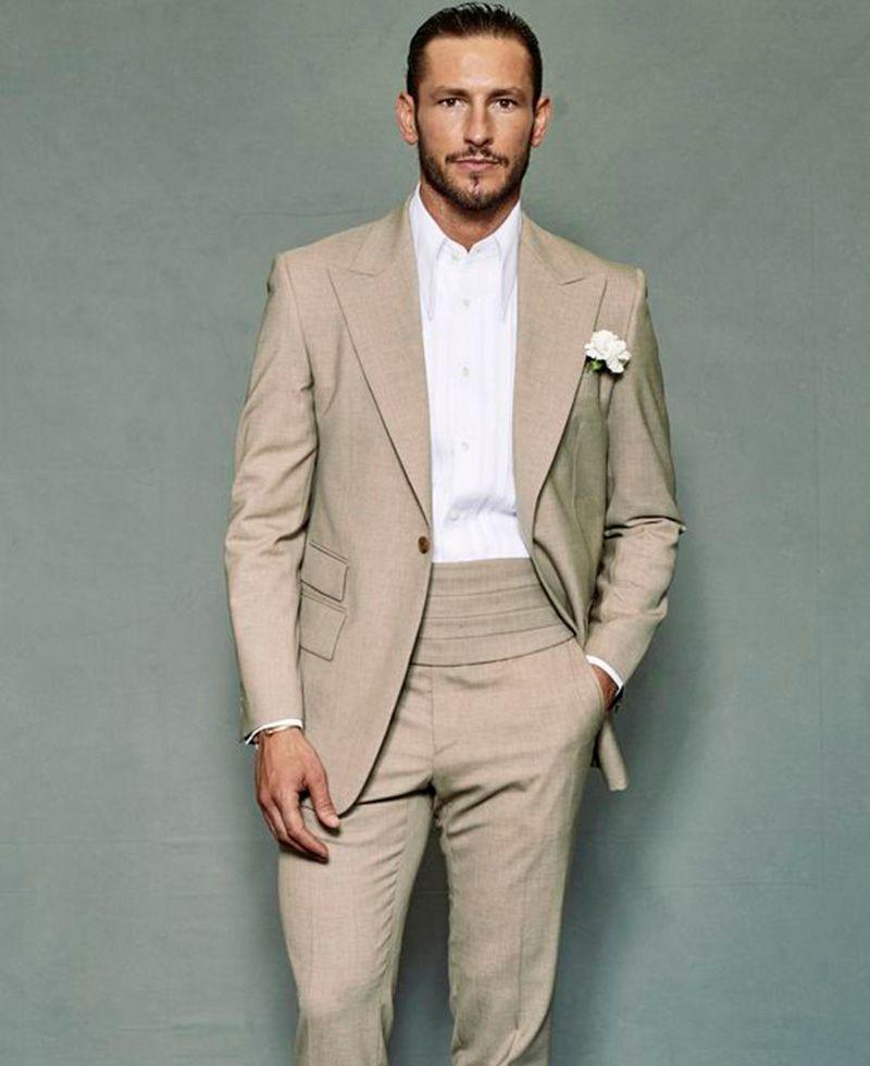 4bd98363b6fa 2018 Fashion Summer Beach Men Suits Beige Slim Fit Wedding Suits Bridegroom  Groomsmen Tuxedos Custom Made Casual Party Prom Best Man Mens Wedding  Tuxedos ...