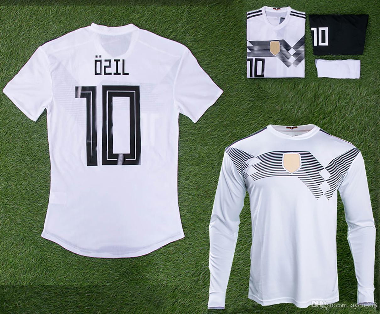 Compre Camisa De Futebol 2018 Copa Do Mundo Em Casa Branco 18 19 Alemanha  Muller Ozil Gotze Reus Kroos Uniformes Camisa De Futebol Adulto Mulheres  Infantil ... f8f30e8b11562