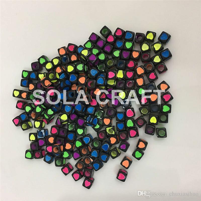 Factory Bulk Wholesale 7 MM Mixed Colors Various Acrylic Plastic Square Cube Letter Beads For Key Chain Making