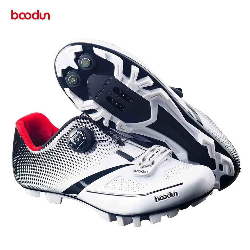 bb9226e7f Compre Boodun Homens Mulheres Sapatos De Ciclismo Ultraleve Sola De Fibra  De Carbono + Refletida Bicicleta Sapato Mountain Road MTB Auto Bloqueio  Sapatos De ...