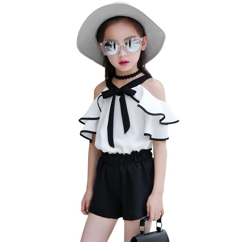 1f2199768a Compre 2018 Moda Verão Meninas Roupas Conjuntos Mangas Curtas T Shirt Top +  Shorts Terno Casual Roupas Crianças 4 6 8 10 12 13 Anos De Oliveer