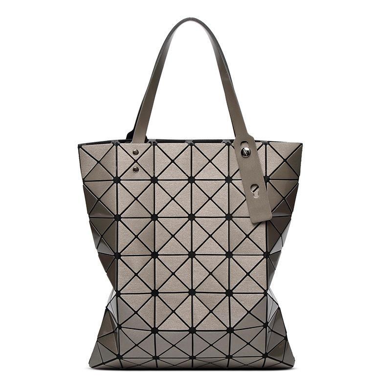 415f275de73d Geometric rhombus bag women s bag 2018 new 6o 7 laser single-shouldered  portable damp bag