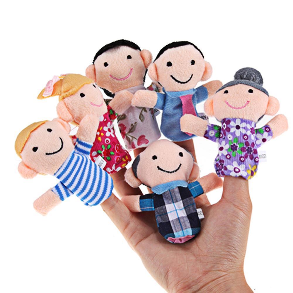 6 Pçs / lote Família fantoches de dedo fantoches boneca de pano brinquedos do bebê fantoche de dedo de pelúcia dedo brinquedos para crianças bebê Fantoche
