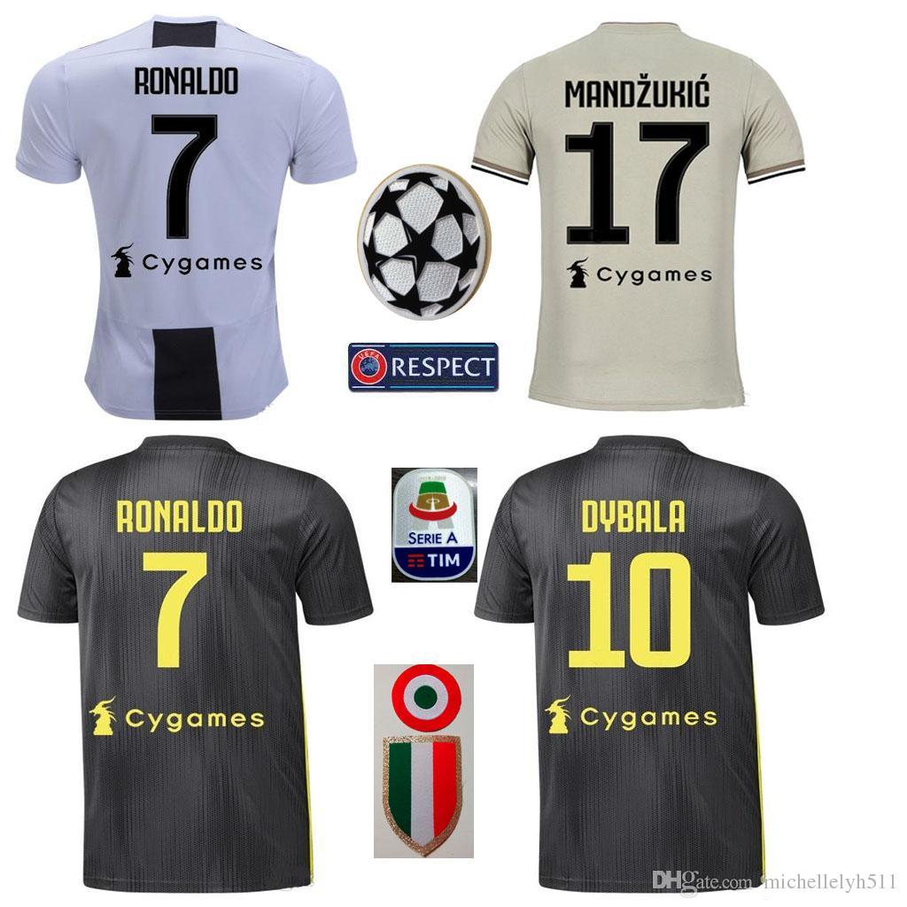 2018 2019 Juventus En Casa Camiseta De Fútbol 18 19 RONALDO DYBALA Camiseta  De Fútbol MARCHISIO MANDZUKIC PJANIC HIGUAIN Uniforme Deportivo Por ... b97eb9963e726