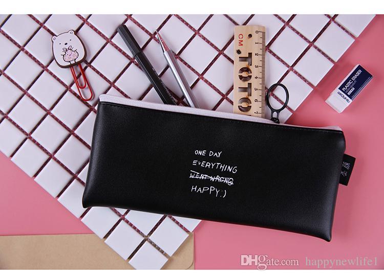Lindo estuche de lápices de color rosa para niñas Kawaii Negro blanco Dot Pu Bolso de cuero de la pluma Papelería Bolsa de útiles escolares