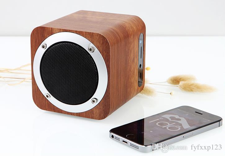 Multimedia Altoparlante vivavoce Bluetooth in legno con microfono FM Alarm Clock TF / USB Lettore MP3 retro Subwoofer in bambù con scatola di legno