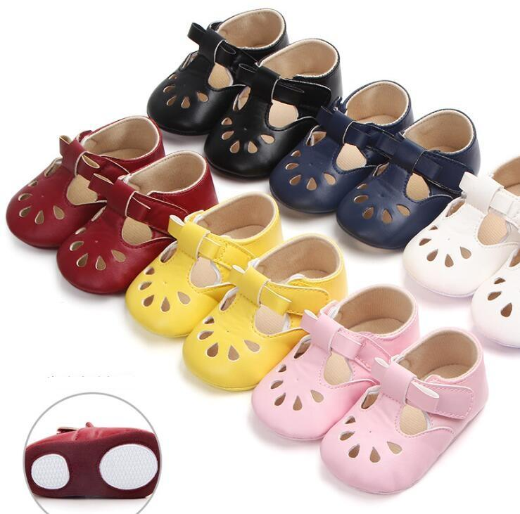 2018 multi-color hollow baby sandals, non-slip girls toddler shoes,summer semi-adhesive soft bottom baby shoes wholesale!12pairs/24pcs.ZH