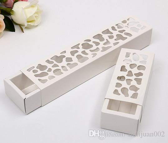 Factory outlets can be printed logo Rectangular Fenestration gift box Hollow flowers gift Box