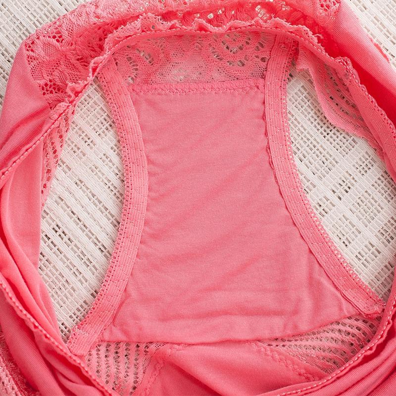 Le mutande senza cuciture della biancheria delle mutande della biancheria intima della biancheria intima dei pantaloni a vita bassa della biancheria intima delle mutande del pizzo delle donne
