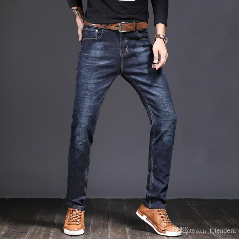 fef19a1db7ca9 Compre Pantalones Vaqueros De Los Hombres De Negocios Informal Estilo Simple  Cómodos Pantalones De Mezclilla 2018 Nueva Moda De Los Pantalones Elásticos  De ...
