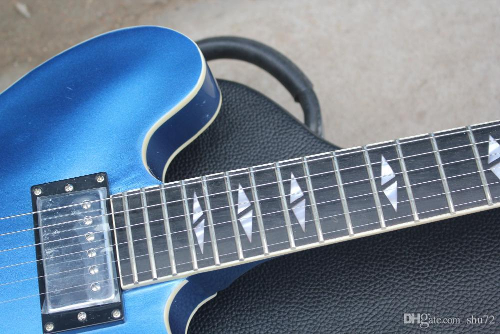 HOT WholOKale 및 소매 주문품 금속 파랑 DG335 Dave Grohl 서명 Semi HollowBlue JAZZ 일렉트릭 기타 케이스 17-11 포함