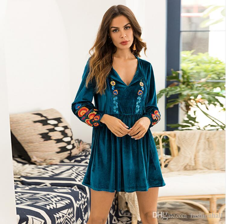 New 2018 Autumn Mini Dress Long Sleeve Floral Embroidery Boho Women Velvet  Dress Plus Size Gypsy Vintage Green Dresses Beaded Dress Couture Dresses  From ... c813b8a88c62