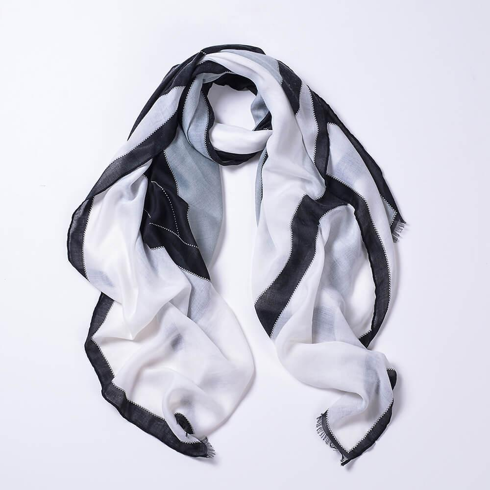 2018 Ms. new sheep fat velvet color matching diamond short beard spring and summer scarf fashion wild scarf wholesale