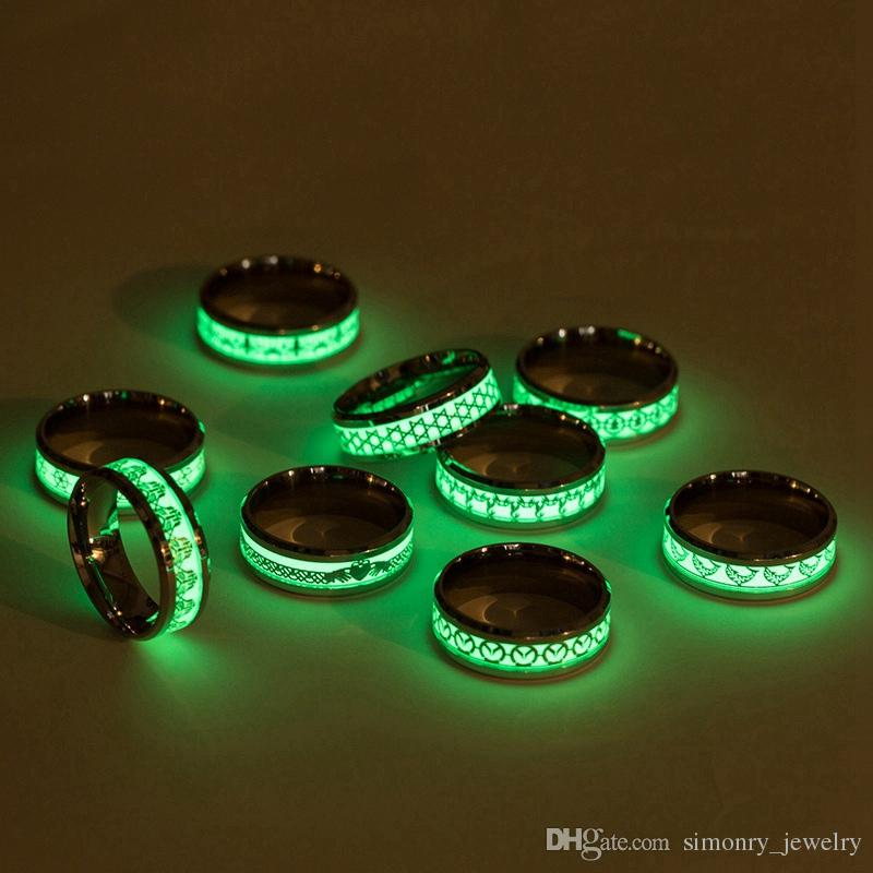 Dragon Rings Stainless Steel Fluorescence Luminous Chinese Elements Myth Jewelry Women Men Gift Classic Fashion Wholesale