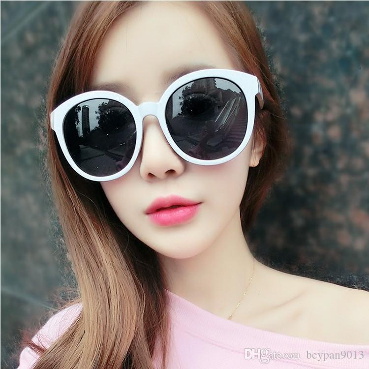 High Quality Fashion Round Sunglasses Mens Womens Designer Brand Sun Glasses PC Lenses Better Case 1pc for Sale