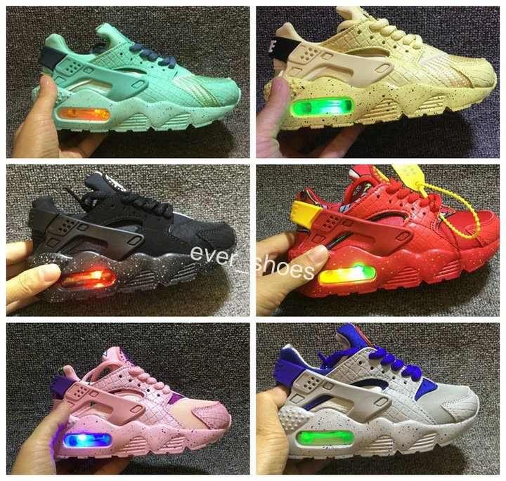 b34564254d194 2018 New Fashion Air Huarache Infant Shoes Kids Baby Children Huaraches  Huraches Designer Hurache Casual Toddler Running Sneakers 26 35 Running Shoes  Mens ...