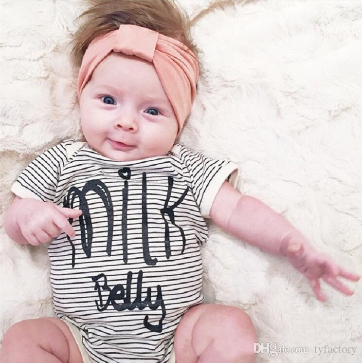 Großhandel 2018 Neueste Kinder Baby Mädchen Strampler Ausstattung