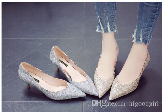 6953b90c3 Calçados Usaflex 2019 Atacado Moda Diamantes Lantejoulas Sapatos De Noiva  De Salto Baixo Partido Prom Sliver Sapatos De Casamento De Ouro De Salto  Para As ...